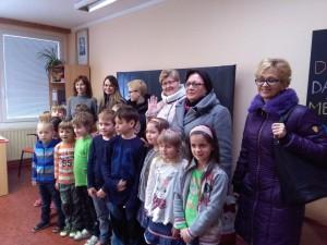Polský učitelský sbor s českými školáčky